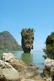 在詹姆斯庞德海岛上的Ko Tapu岩石 免版税库存照片