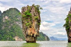 在詹姆斯庞德海岛,泰国上的Ko Tapu岩石 库存图片