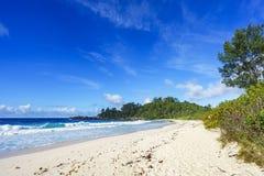 在警察海湾的美丽的天堂海滩,塞舌尔群岛1 库存图片