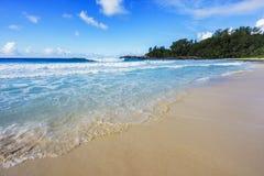在警察海湾的美丽的天堂海滩,塞舌尔群岛6 库存照片