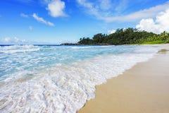 在警察海湾的美丽的天堂海滩,塞舌尔群岛9 库存照片