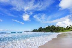 在警察海湾的美丽的天堂海滩,塞舌尔群岛16 免版税库存照片