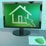 在计算机屏幕的家庭符号 免版税库存照片