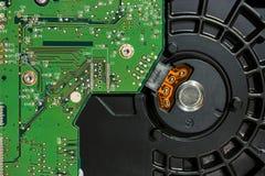 在计算机硬盘驱动器里面 免版税库存照片