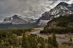 在许多冰川的多云天 库存照片