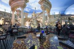 在论坛的咖啡馆在Caesars宫殿旅馆购物 免版税库存照片
