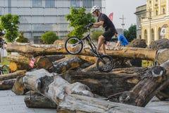 在试验自行车的世界杯 库存照片