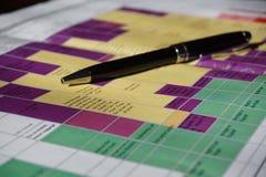 在详细的五颜六色的时间安排的假日计划 库存图片