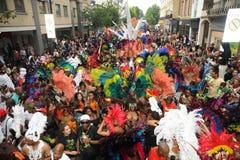 在诺丁山狂欢节的人群 库存图片