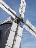 在诺曼底的海岸的一台老风车 石结构, woode 免版税库存图片