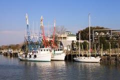 在谢姆小河SC的虾小船 库存图片