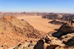 在谷的全景在从山Jebel Adaami的沙特阿拉伯 免版税库存图片