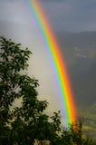 在谷的彩虹 免版税图库摄影