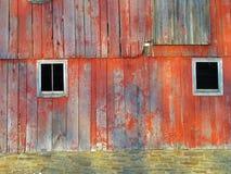 在谷仓一边的Windows 免版税库存图片