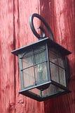 在谷仓的灯 免版税库存图片