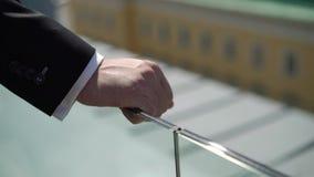 在豪华大阳台阳台供以人员停留在一个城市有看法 股票录像