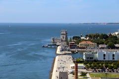 在贝伦塔和塔霍河的看法在里斯本,葡萄牙 免版税库存图片