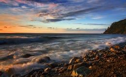 在贝加尔湖南部的日出  库存照片
