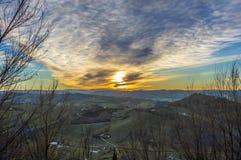 在贝尔蒂诺罗小山,意大利的日落 免版税库存图片