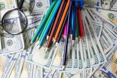 在财务收益、美元和企业图的经营计划 图库摄影