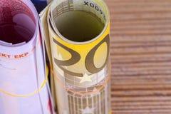 在财务的财务资助现金欧洲钞票 库存照片