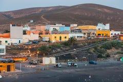 在费埃特文图拉岛海岛,西班牙上的小渔村Ajuy 免版税库存图片