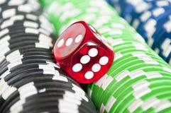 在赌博娱乐场芯片的红色模子 免版税图库摄影