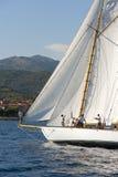 在赛船会期间的古老帆船在Panerai经典之作Yac 免版税库存照片