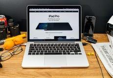 在赞成ipad和App的WWDC最新的公告的苹果电脑 免版税图库摄影