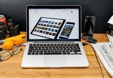 在赞成iPad和pho的WWDC最新的公告的苹果电脑 免版税库存图片