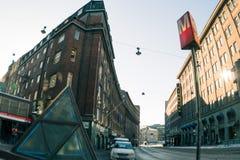 在赫尔辛基上街道  免版税库存图片
