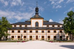 在赫拉德茨Kralove附近的医院库克斯州, 大别墅,城堡 库存照片