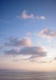 在赫瓦尔岛的积云Mediocris 免版税库存图片