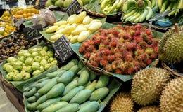 在超级市场卖的泰国果子 免版税库存照片