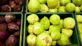 在超级市场杂货的分类菜 包括圆白菜,芹菜,硬花甘蓝 影视素材