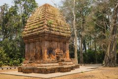 在越南的高原中心的唯一的可汗塔,杨橛塔在Ea一口区, 100km位于远离Buon Ma Thuo 免版税库存图片