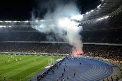 在足球竞技场的烟花在基辅 库存照片