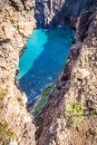 在足迹的美丽的景色对Ponto做圣洛伦索,马德拉岛 免版税库存图片