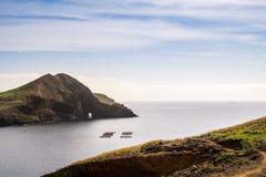 在足迹的美丽的景色对Ponto做圣洛伦索,马德拉岛 免版税库存照片