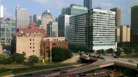 在跨境90的伦道夫街 西部圈,芝加哥 交通时间间隔 影视素材