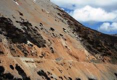 在路上向香格里拉,中国 库存图片