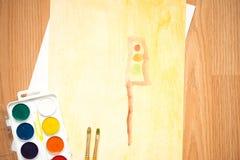在路的一个红绿灯,一个房子在森林里和领域 儿童与色的铅笔和水彩的` s图画 免版税库存照片