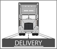 在路的大重型卡车 免版税库存照片