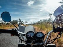 在路的摩托车 免版税库存图片