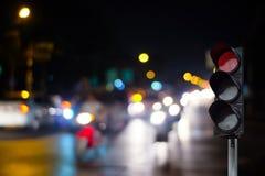 在路的红绿灯 库存照片