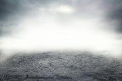 在路的薄雾 免版税库存图片