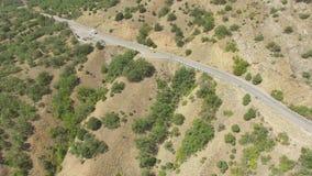 在路的鸟瞰图在山 影视素材