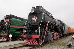 在路轨的历史的火车 免版税库存照片