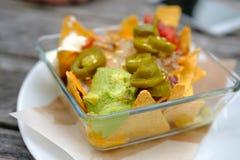 在路边的墨西哥炸玉米饼食物 免版税库存图片