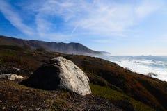 在路附近的1加州海岸 免版税库存照片
